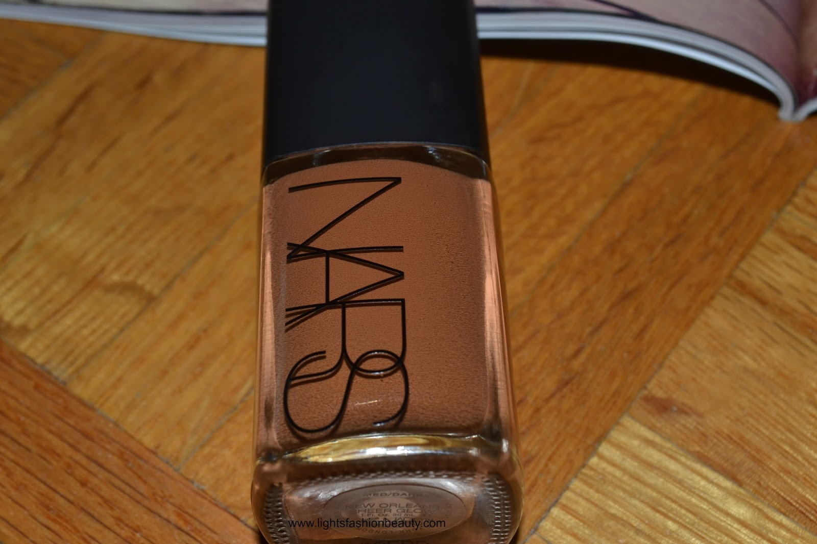 Foundation Series : NARS Sheer Glow Foundation, nars sheer glow foundation, foundation for dark skin, best foundation for oily skin, foundation for oily skin, montreal beauty blogger, lightsfashionbeauty