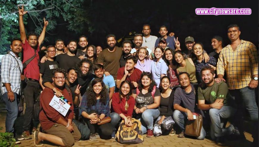 Yami Gautam wirh cast and crew of Uri