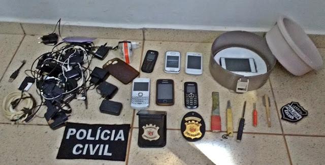 Polícia faz revista e apreende diversos objetos na cadeia de Iretama