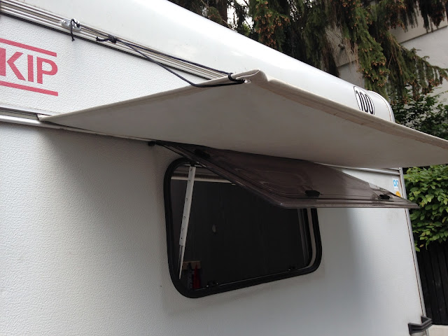 Kip Wohnwagen herrichten Sonnenschutz Fenster DIY
