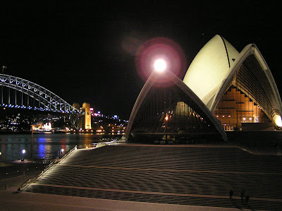 By E.V.Pita 2004 / Sydney Opera House by night (Australia)