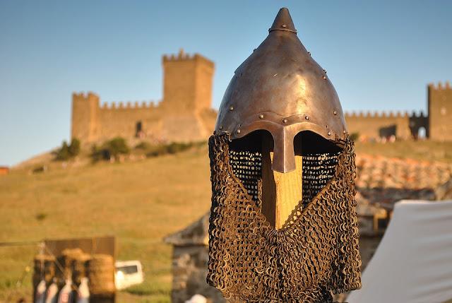 knight's arthurian style helmet