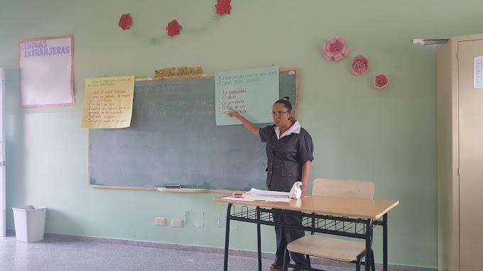 Coordinadora docente capacita a maestros