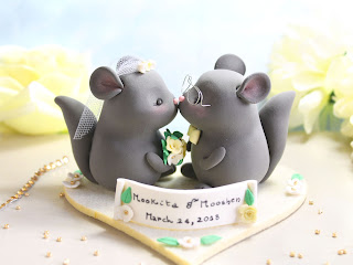 Chinchillas wedding cake toppers by Passionarte