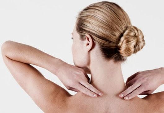 Postura errada provoca dores e barriguinha