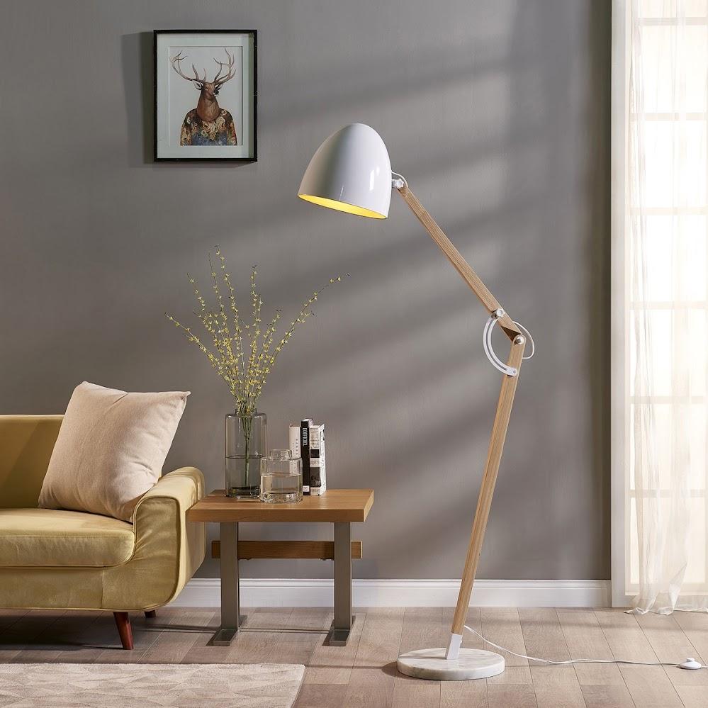 wooden-floor-lamp
