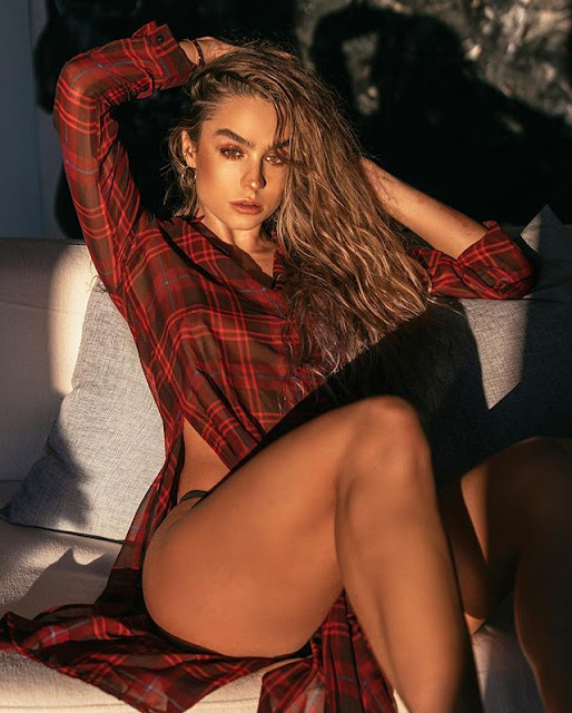 Sommer Ray Photos