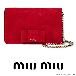 Kate Middleton style MIU MIU Bow-embellished suede shoulder bag
