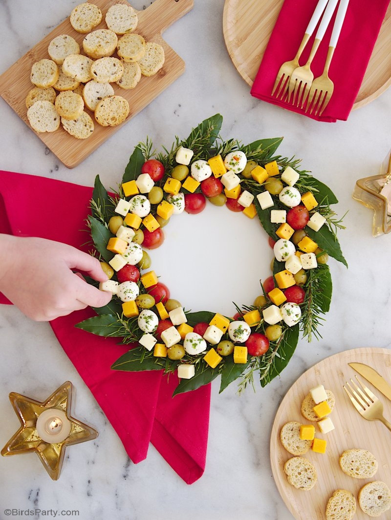 Christmas Cheese Board Ideas.Christmas Wreath Cheese Platter Appetizer
