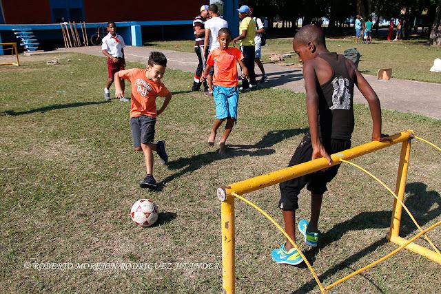 Celebran en la Ciudad Deportiva aniversarios de la OPJM y la UJC