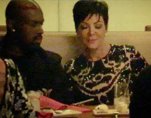 In love! Here Kris Jenner turtelt with her new