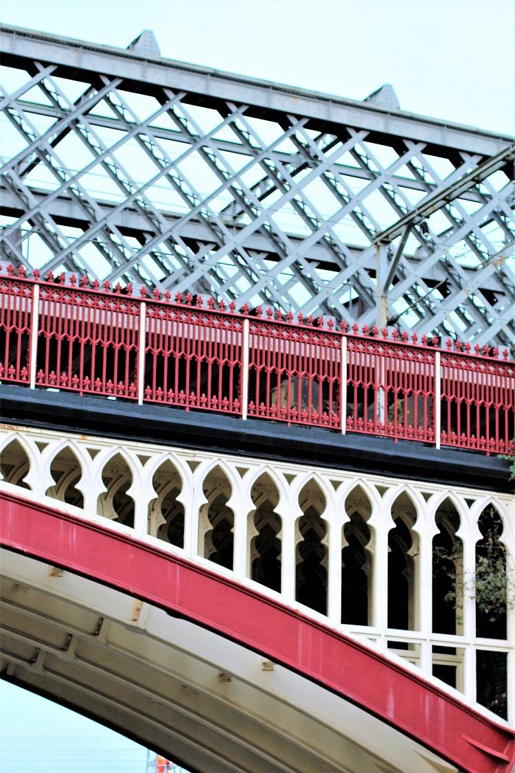Manchester bridge - UK travel & lifestyle blog