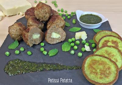 boulettes d'agneau, boulettes agneau et cheddar, agneau anglais revisité, galettes de petits pois, sauce à la menthe, patissi-patatta