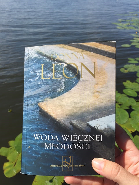 Woda wiecznej młodości - książka do wakacyjnej walizki 2/Waters of Ethernal Youth - a book for holidays suitcase 2