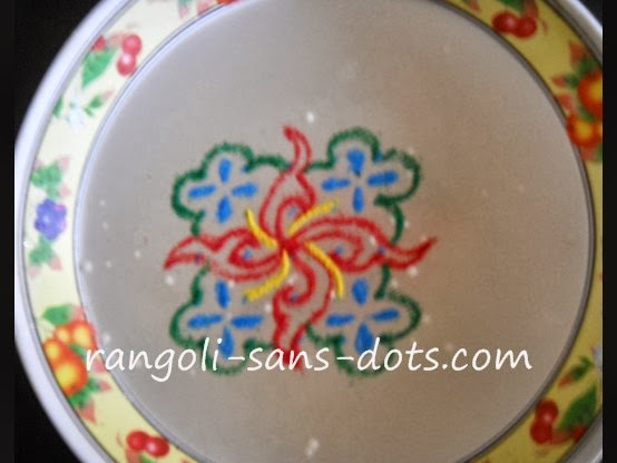 rangoli-on-water-5dots.jpg