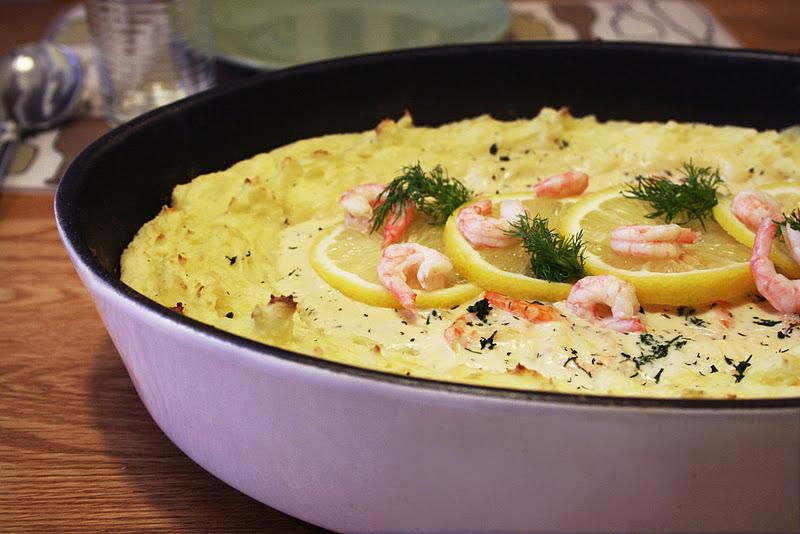 fiskgratäng dill räkor potatismos