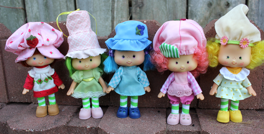 DollyPanic!: New Retro Strawberry Shortcake dolls, 2016!