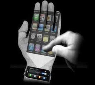 3. iPhone Pro Konsep iPhone Pro dirancang oleh Jinyoung Choi. Tidak menutup kemungkinan, produk Apple di masa depan akan dilengkapi dengan lensa seperti pada kamera DSLR. Pengguna dapat menghasilkan foto dengan resolusi layaknya menggunakan kamera profesional.