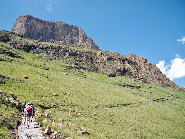 Sentinel Peak Amphitheatre hike, Drakensberg National Park, South Africa