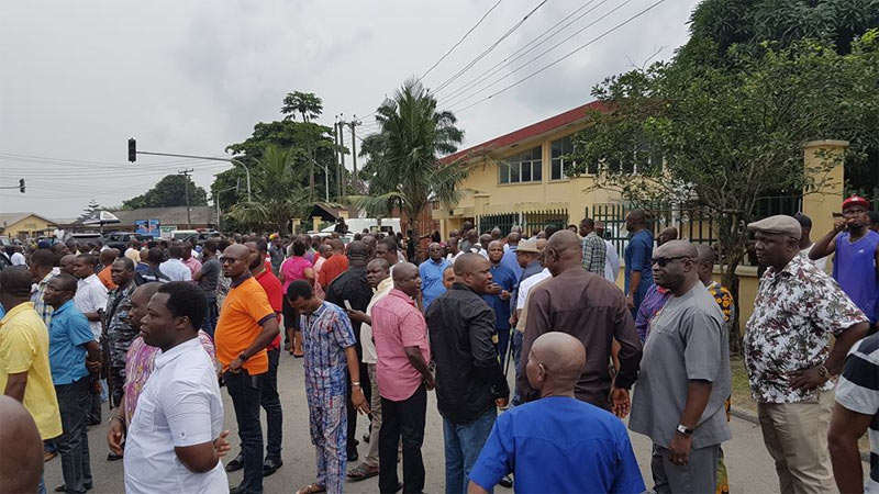 Video: Heavy tension as Army denies Wike entry as governor storms INEC coalition center