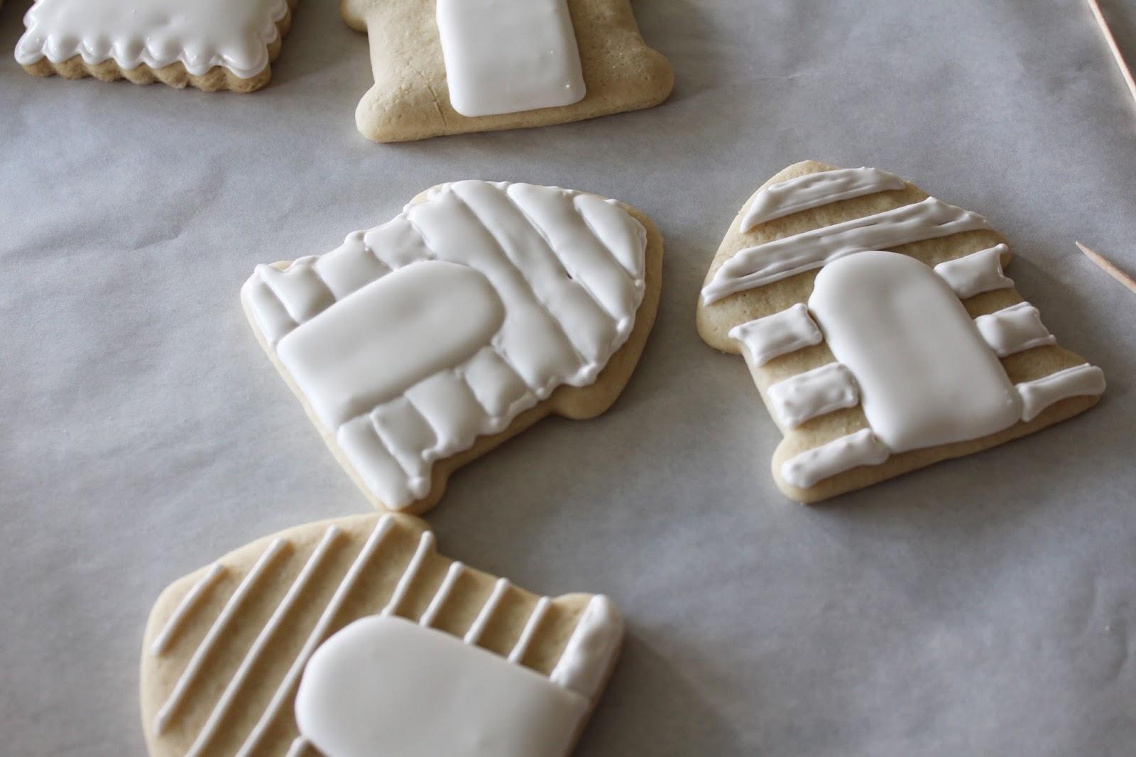 Worth Pinning Puppy Sugar Cookies