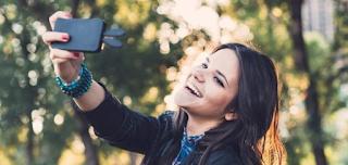 Χρήστες πληρώνουν για θετικά σχόλια στα social media