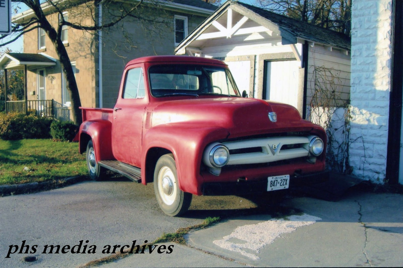This clean 1954 f100 stepside in red was at armstrong garage for a few days after the strongarm transmission shop closed suddenly