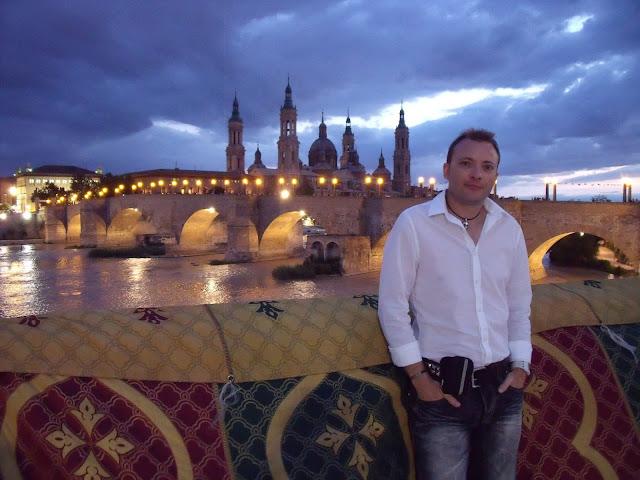 Otra vista de Zaragoza, El pilar