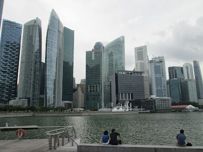 Singapore stocks with no debts