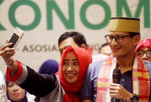 Sandiaga Prihatin Isu PKI Selalu Dikaitkan dengan Jokowi
