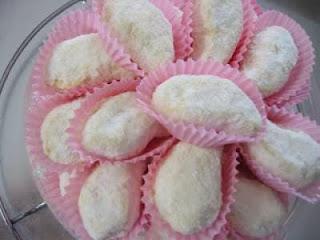 Siapa yang tidak suka dengan camilan bagus kering  Resep Kue Kering Enak Terbaru