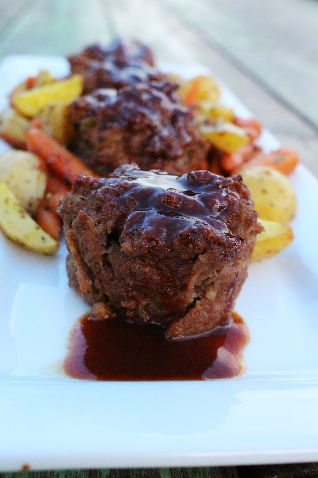 Pb J Babes We Eat Bbq Meatloaf Muffins Roasted Veggies
