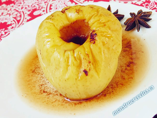 Manzana asada con canela, en el microondas. Receta fácil