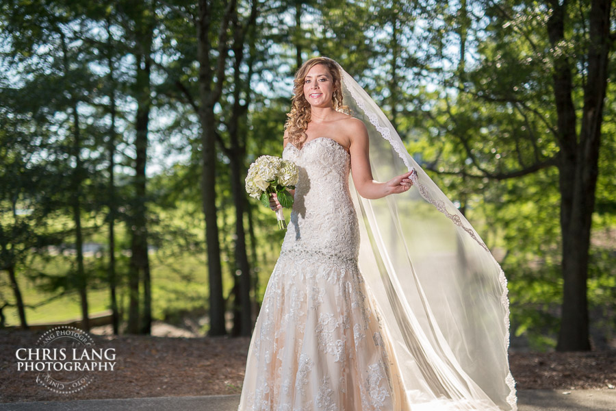 River Landing Brides -image of bride at River Landing