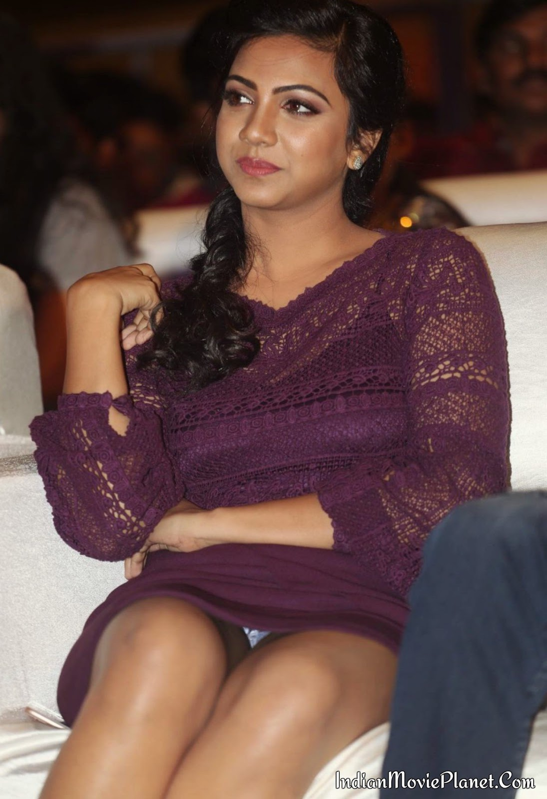 Madonna Sebastian Hot Thigh Leg Show Images Wallpapers-5584