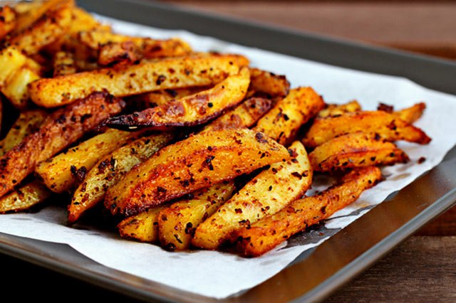 Картинки по запросу картошка жареная в духовке