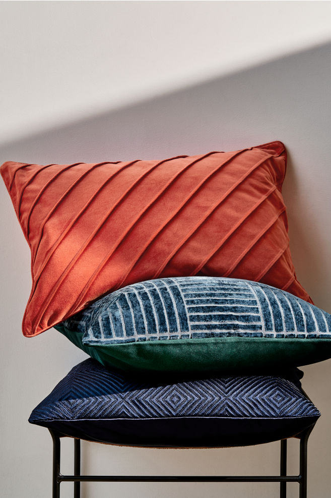 Poduszki o intensywnym kolorze