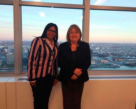 Canciller Argentina se reunió secretamente con Delcy Rodríguez y viajó en avión de Pdvsa