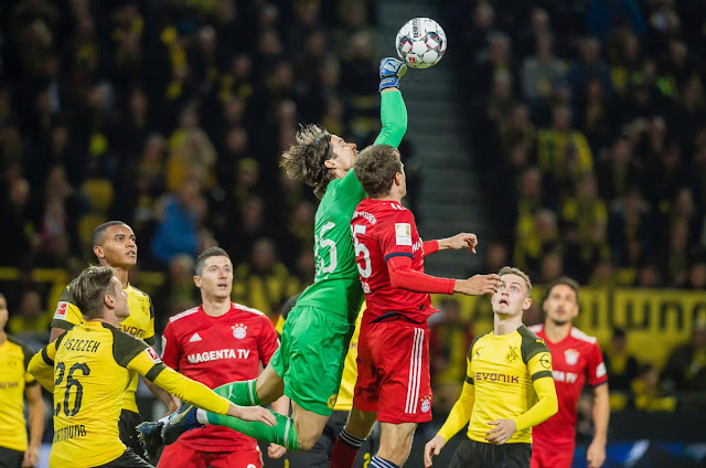 Saturday's Bundesliga Wrap: Paco Alcacer Scores The Winner As Dortmund Beat Bayern