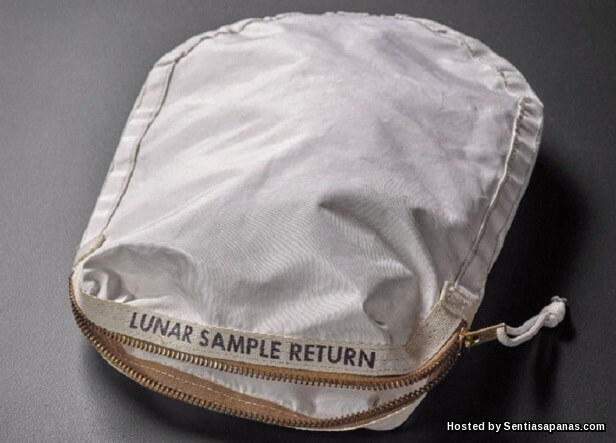 Neil Armstrong - lunar-sample-bag
