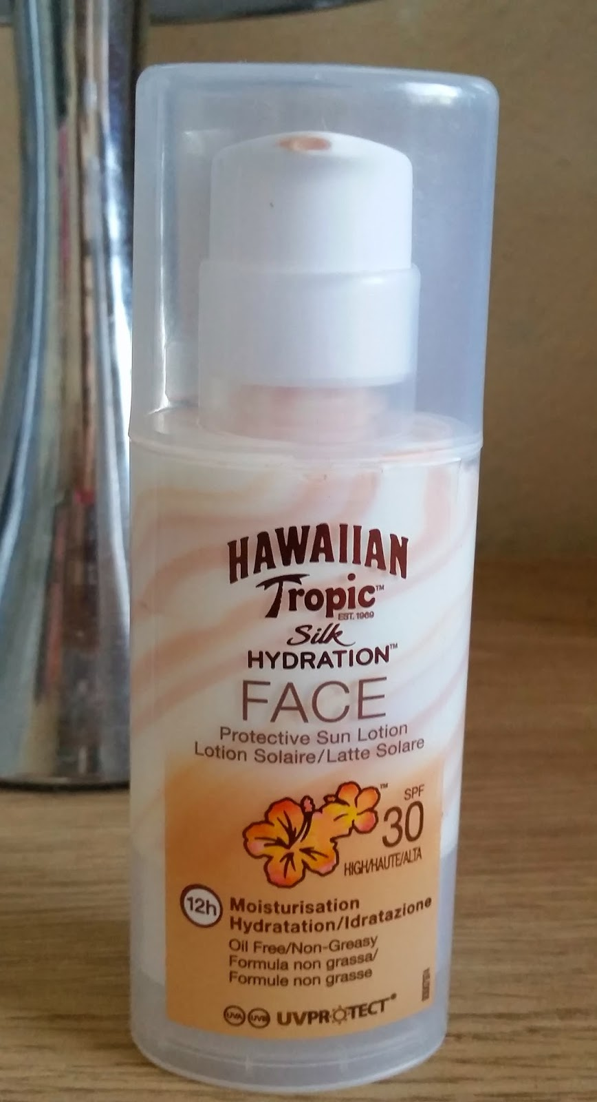 Hawaiian Tropic Silk Hydration Face SPF 30 50ml - Blonde Male 680448fe9345