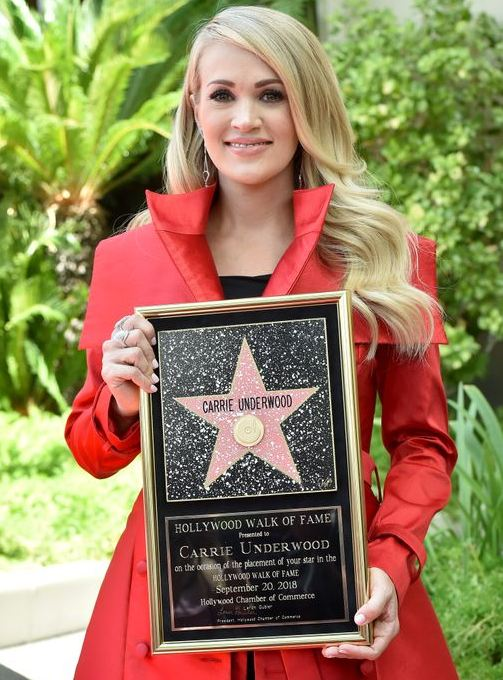 Carrie-Underwood-Hollywood-star-walk-of-fame