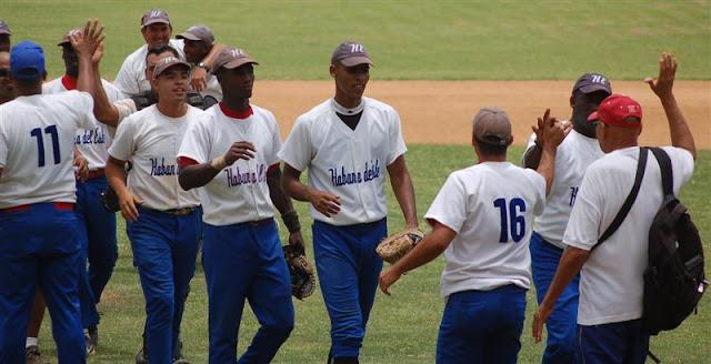 Habana del Este le quitó el invicto a Guanabacoa, único equipo que mantenía esa condición en la Serie Provincial de Beisbol.