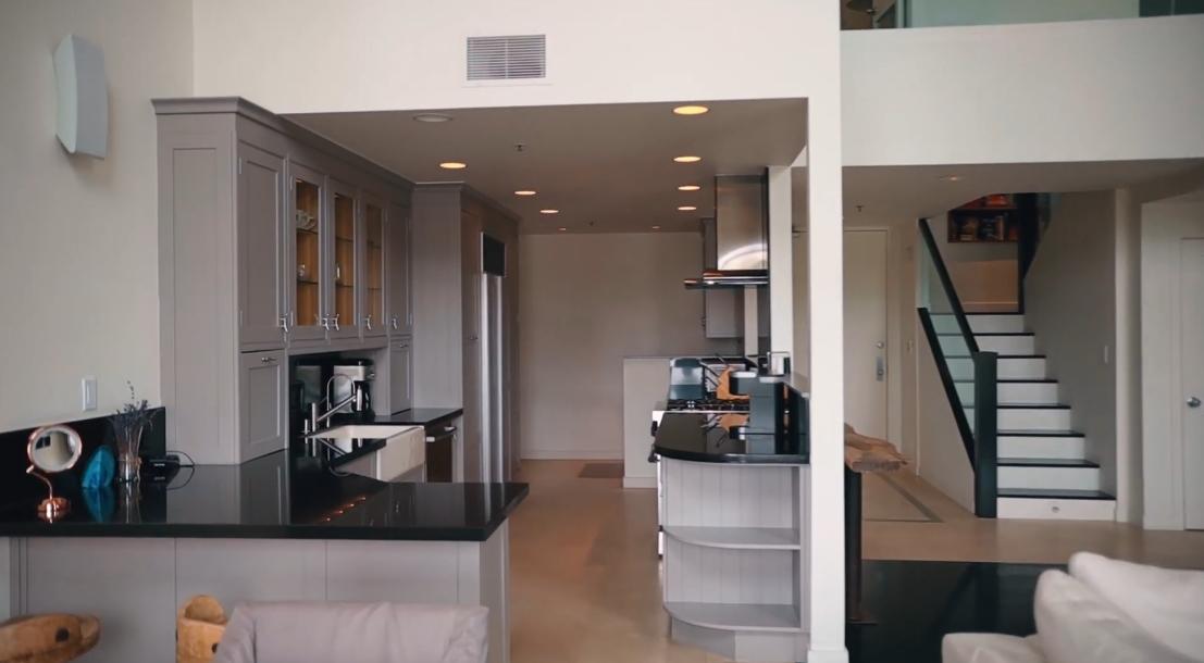 18 Photos vs. 1040 4th St #405, Santa Monica Luxury Condo Interior Design Tour
