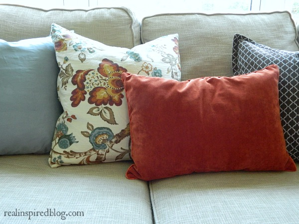 Fall Home Tour {2014} Pillows