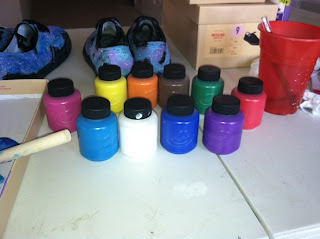 ad0c73c7adfc I use Kid s washable paint bc I get really messy with it