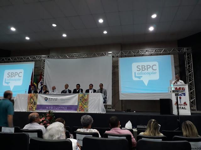 Em Delmiro Gouveia, homenagens marcam abertura da SBPC Educação no Campus do Sertão