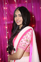 Adaa Sharma in White Pink Saree at Zee Telugu Apsara Awards 2017 37.JPG