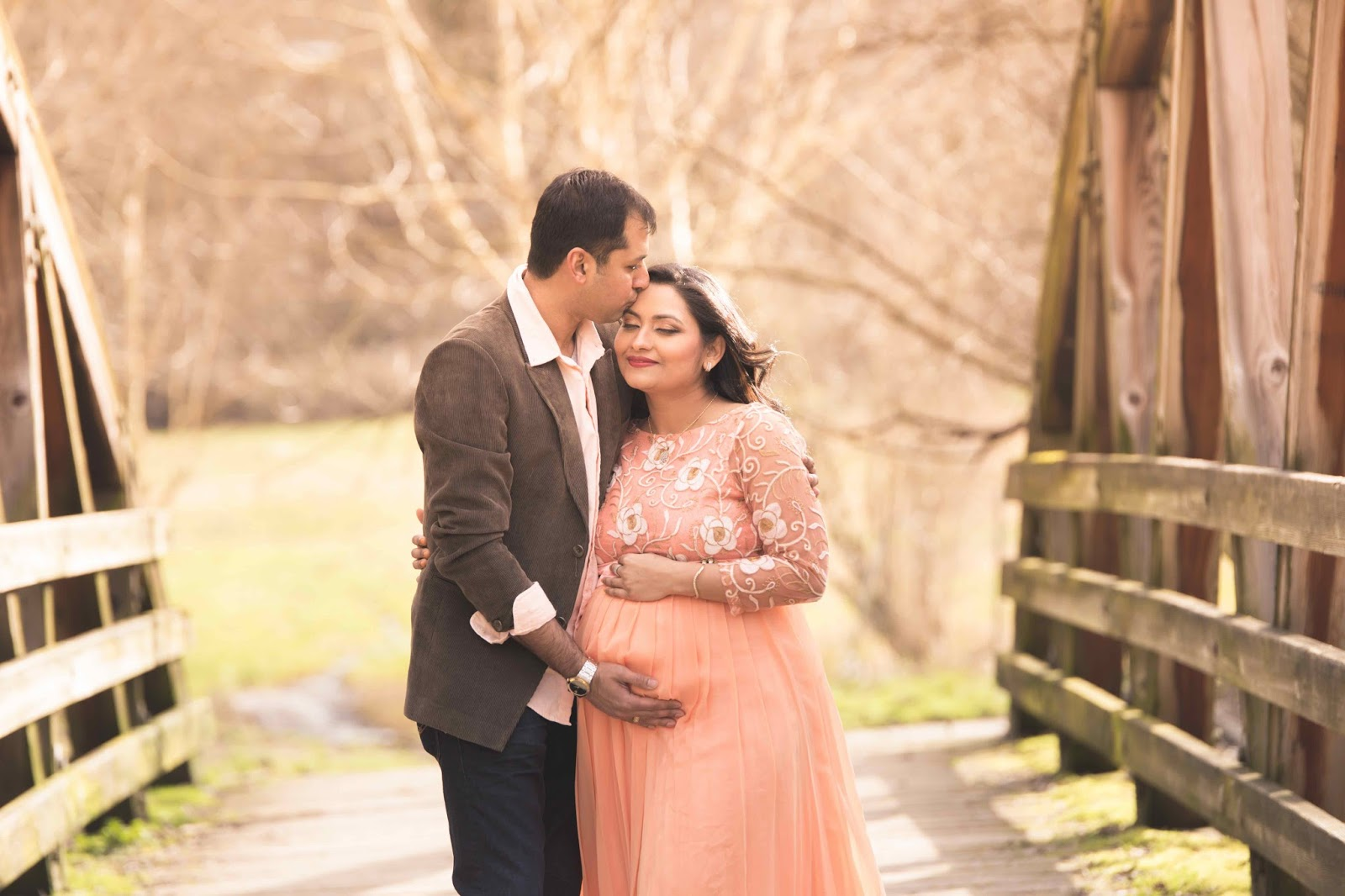 pregnant lady, maternity shoot, indian pregnant woman, beautiful mom to be,