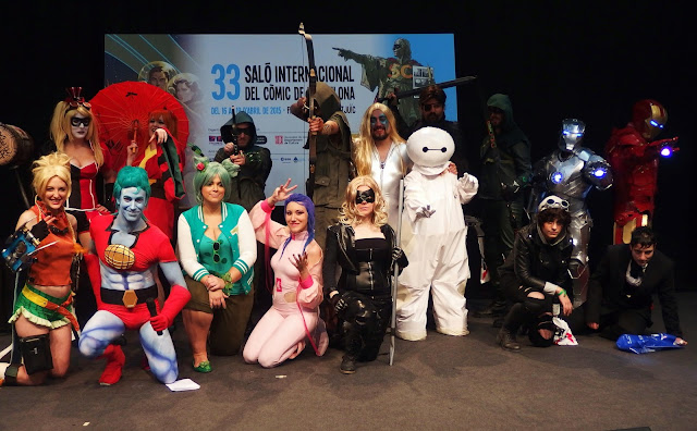 Cosplay de superhéroes en el 33 Salón del Cómic de Barcelona. Foto de familia